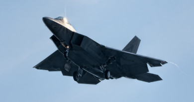 F-22 w Łasku