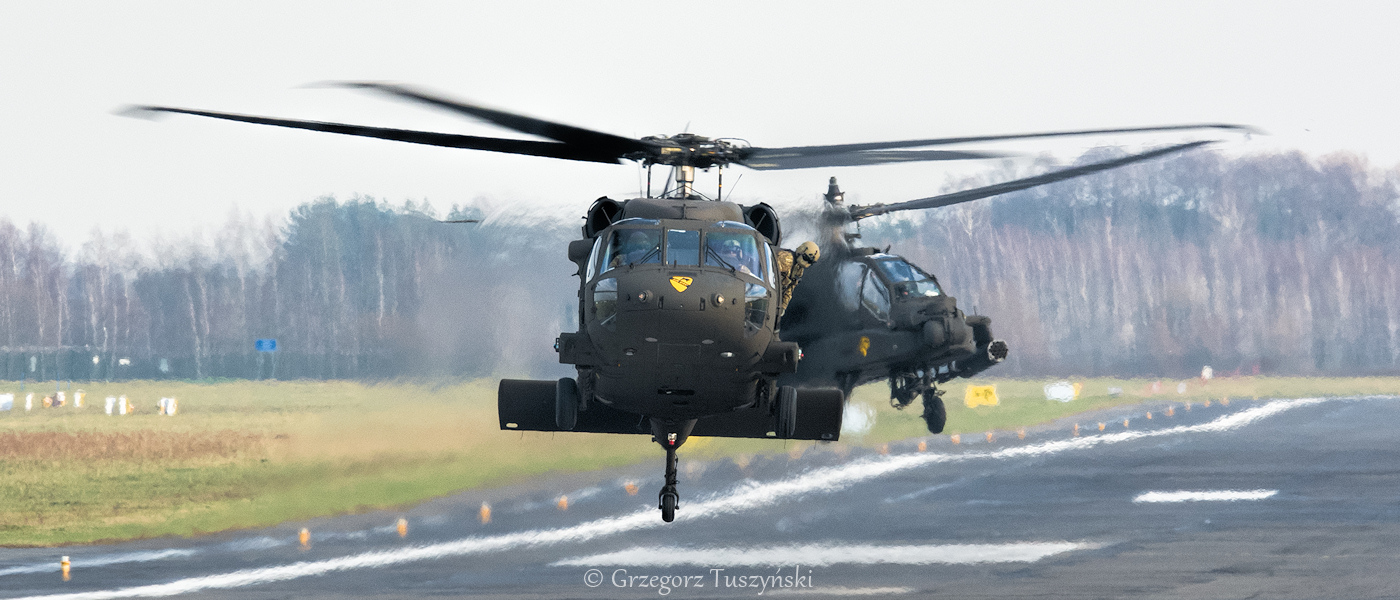 UH-60 i AH-64 na Nowy Rok!